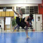 Aplicação de queda no boxe chinês