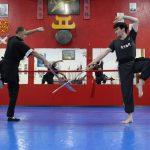 Posturas com armas tradicionais no Shaolin do Norte